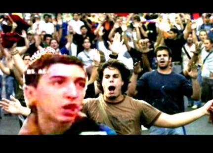 juventud_protesta_banderas.JPG
